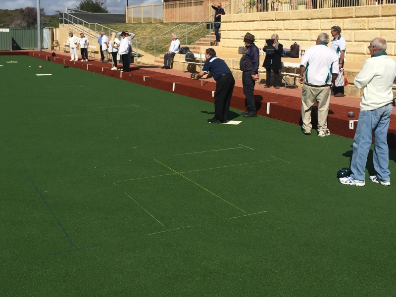 Lawn Bowls with Artificial Grass